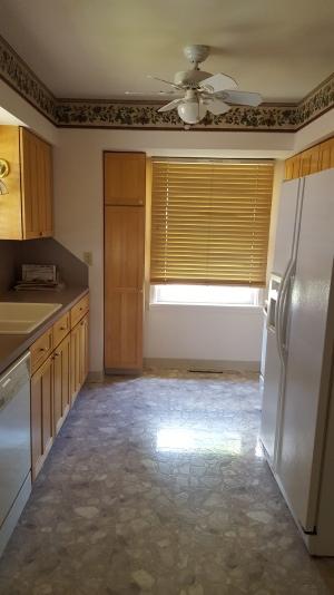 414 7th kitchen